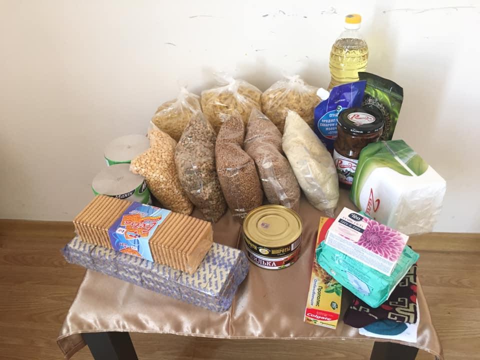 Հագուստի, սնունդի և հիգիենայի պարագաների հավաքագրում Գյումրիում՝ Արցախից ժամանած ընտանիքների համար