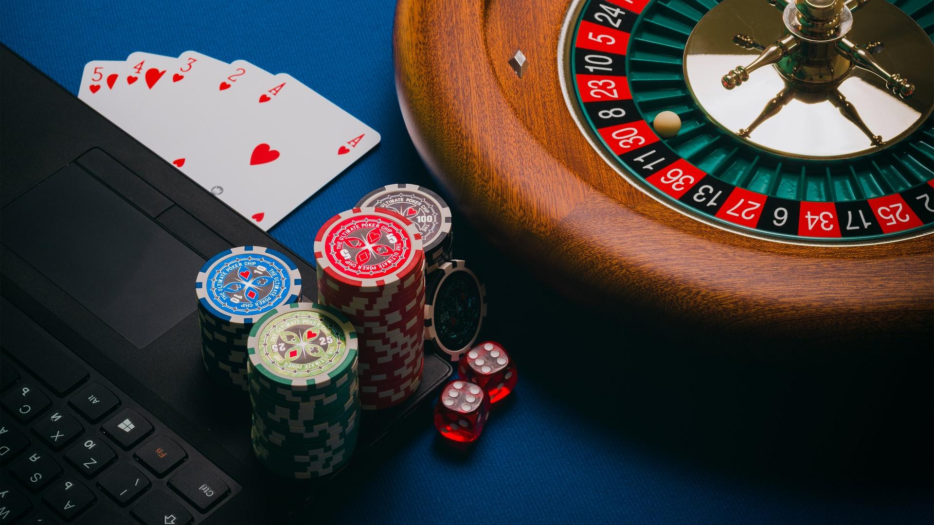 Neuer Glücksspiel Staatsvertrag: Mit diesen 7 Veränderungen müssen deutsche Casino Spieler rechnen